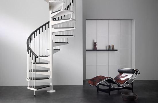 escaleras interior y exterior y